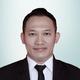 dr. Ruzbih Bahtiar, Sp.B, M.Biomed merupakan dokter spesialis bedah umum di RS Trimitra di Bogor
