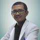 dr. Sani Sundana, Sp.B merupakan dokter spesialis bedah umum di RS Azra di Bogor