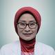 dr. Santi Rahayu Dewayanti, Sp.P merupakan dokter spesialis paru di RS Pusat Jantung Nasional Harapan Kita di Jakarta Barat