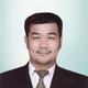 dr. Steven Tandean, Sp.BS merupakan dokter spesialis bedah saraf di Siloam Hospitals Dhirga Surya Medan di Medan