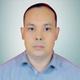 dr. Sutan Hasibuan, Sp.P merupakan dokter spesialis paru di RS Awal Bros Ujung Batu di Rokan Hulu