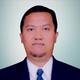dr. Tommy Kuswara, Sp.B, M.Ked(Bed) merupakan dokter spesialis bedah umum di RS Awal Bros Chevron Pekanbaru di Pekanbaru