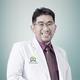 dr. Tony Sukentro, Sp.B merupakan dokter spesialis bedah umum di Omni Hospital Pulomas di Jakarta Timur