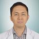 dr. Valentinus Besin, Sp.S merupakan dokter spesialis saraf di RS Premier Surabaya di Surabaya