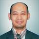 dr. Wahyudi Hartono, Sp.OG, MKK merupakan dokter spesialis kebidanan dan kandungan di RS Mitra Plumbon Indramayu di Indramayu