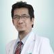 dr. Winarno, Sp.B merupakan dokter spesialis bedah umum di RS Sari Asih Ciledug di Tangerang