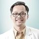 drg. Aji Tri Baskara, Sp.KG merupakan dokter gigi spesialis konservasi gigi di RS Hermina Yogya di Sleman