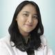 drg. Arrum Mutiara merupakan dokter gigi
