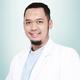 drg. Bambang Tri Susilo, Sp.BM merupakan dokter gigi spesialis bedah mulut di Klinik Gigi Audy Dental BSD di Tangerang Selatan