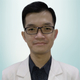 drg. Carlo Febianto merupakan dokter gigi di FDC Dental Clinic Hasyim Ashari di Jakarta Pusat