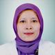drg. Dewi Rosmaladewi, Sp.KG merupakan dokter gigi spesialis konservasi gigi di RS Lira Medika di Karawang