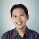 drg. Dicky Firmansyah, Sp.BM, FAOCMF merupakan dokter gigi spesialis bedah mulut di RS Royal Taruma di Jakarta Barat