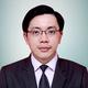 drg. Eric Fernando Wangdra merupakan dokter gigi di RSU Indriati di Sukoharjo