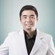 drg. Eros Syah Warongan, Sp.KG merupakan dokter gigi spesialis konservasi gigi di RS Hermina Bekasi di Bekasi