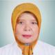 drg. Sri Supartina merupakan dokter gigi di RSIA Setya Bhakti di Depok