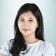 drg. Trini Santi Pramudita, Sp.KG merupakan dokter gigi spesialis konservasi gigi di Dentia Dental Care Center di Jakarta Barat