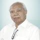 Prof. Dr. dr. Anwar Jusuf, Sp.P(K) merupakan dokter spesialis paru konsultan di RS Jakarta di Jakarta Selatan