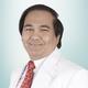 Prof. dr. Wiwien Heru Wiyono, Sp.P(K), Ph.D merupakan dokter spesialis paru konsultan di RS St. Carolus di Jakarta Pusat