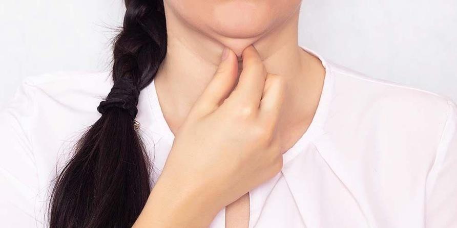 Injeksi Kybella bisa menjadi pilihan penanganan double chin