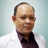 dr. Verro Victor Ratuwalangon, Sp.B