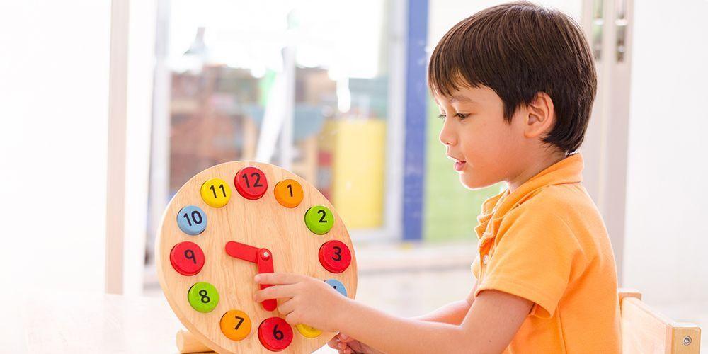 Kebanyakan mitos yang beredar mengenai anak autis merupakan hal yang salah