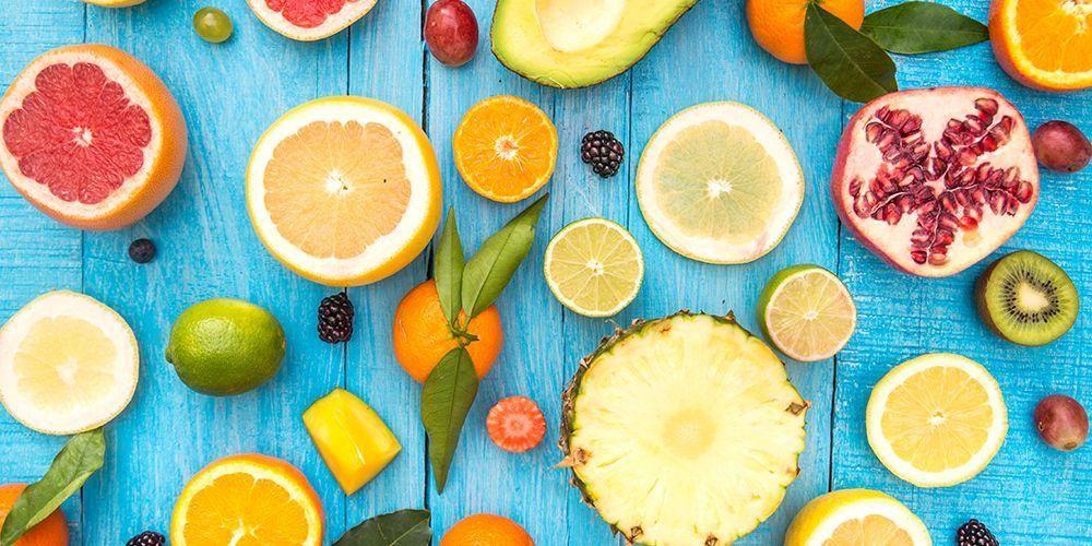 Diet buah frutarian menitikberatkan buah-buahan sebagai makanan utama, termasuk nanas, jeruk, dan alpukat