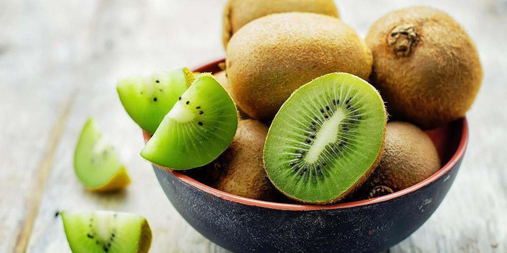 Manfaat buah kiwi luar biasa, dari menjaga kesehatan jantung, meningkatkan sistem kekebalan tubuh, hingga melindungi mata