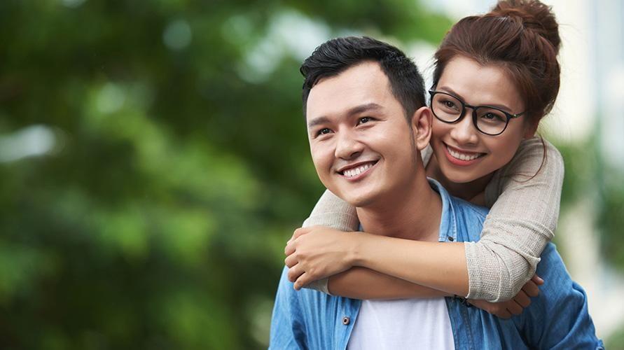Kenali bahasa cinta istri untuk menjaga hubungan mesra Anda berdua