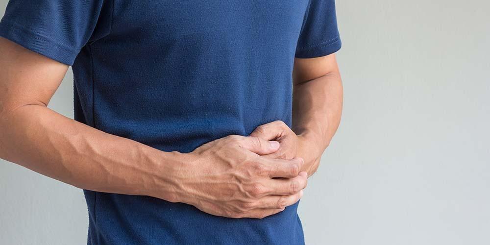 Aneurisma aorta abdominalis merupakan penyebab perut berdenyut serius.