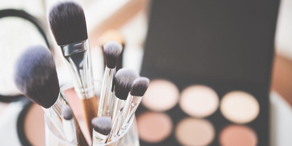 Alat make up harus dibersihkan secara rutin