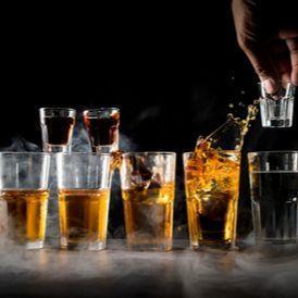 Salah satu faktor risiko baru penyakit demensia adalah konsumsi alkohol berlebihan