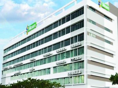 Siloam Hospitals Makassar di Makassar